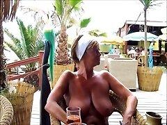 क्वींस समुद्र तट पर 3