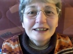 Nerdy Granny Gets a Mouthhole of Cum