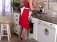 क्या होता है रसोई घर में रहता है रसोई घर में