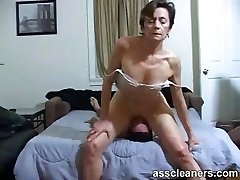 Young boy is hungry over an oldie mistress' dirty ass-hole
