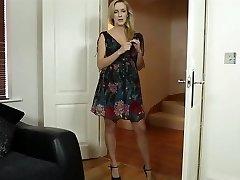 blonde femme mature