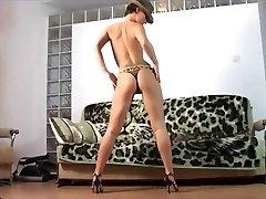 stripteaseシミュレーションママ