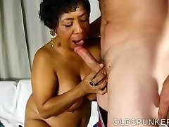Super sexy mature black BBW is a highly hot fuck