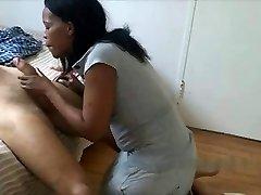ebony Motel Maid Giving Blowjob To Milky guy