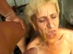 ghetto urinate granny by satyriasiss
