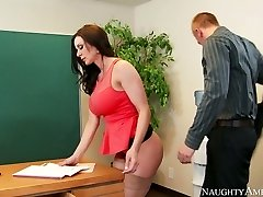 Nasty secretary with big boobs Kendra Eagerness fucked on the table by Richie Dark-hued