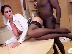 Culos Buero - German Cougar sucks black cock at the office