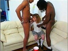 Babysitter does black Double Penetration