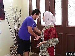 Dagfs  Arabic Damsel Nadia Ali Tastes White