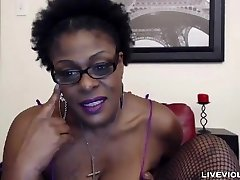 Ebony old mistress Laveaux with a big hairy pussy