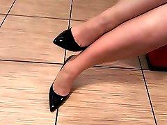 Ebony high heel fetish with stocking and legs