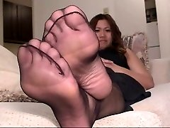 Ebony Pantyhose Feet Have Fun 4