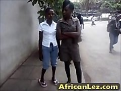 Grubby ebony sluts having lesbo fun in bathroom