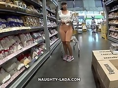 Cameltoe and flashing in a supermarket