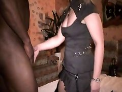 white wifey at the black boy club gets fuck and a facial
