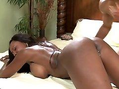 Big knocker ebony babe Diamond Jackson gets fucked