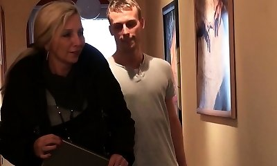 Young Fellow Seduce German MILF Friend of Mommy to Fuck
