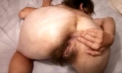 Wooly Mature Mom posing on cam! Amateur!
