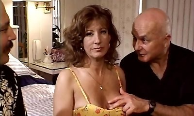 Mature sweetheart in DP action