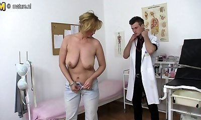 Naughty mother fucking and sucking young doc
