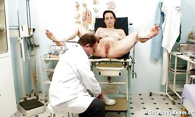 Unpretty mature wifey at pervy gynecology doctor