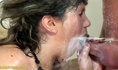 fat moms very first extreme porn lesson
