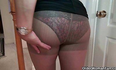 Busty milf Mia Jones unclothes off and fucks a dildo