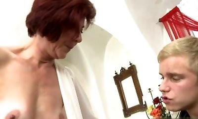 Huge-chested girlfriend best cum in mouth