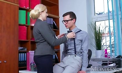 MOM Blonde massive tits Milf sucks massive geek cock