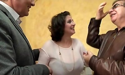 He watches his wife Romina fucked in a gang-fuck