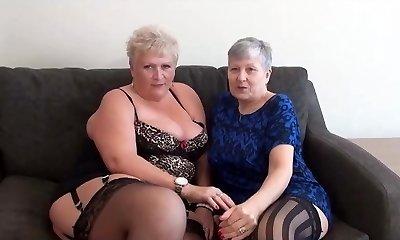 Grandma Savana - Squirting Grannies