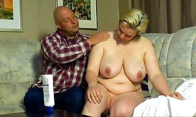 Hausfrauen mit Edeltitten