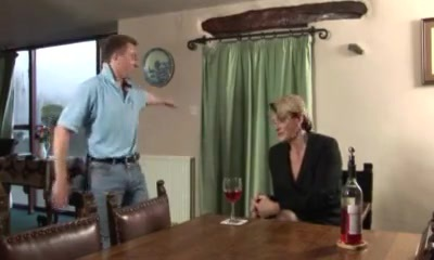 Epic british strand video