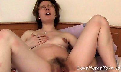 Mature with glasses packs up her enjoy tunnels