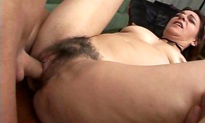 hairy mature mom donk troia italian culo figa