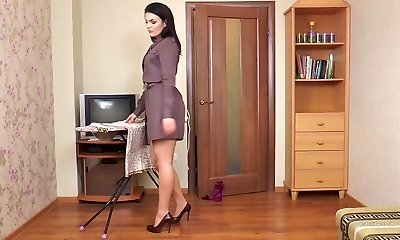 Hairy milf Kristina Ray does the household chores