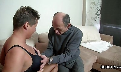 Crazy German Grandpa Seduce Teenie to Fuck with Him