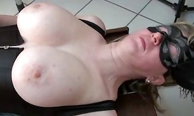 Busty cougar boinked by machine an 1fuckdatecom