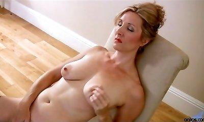 Hairy mature pussy groping