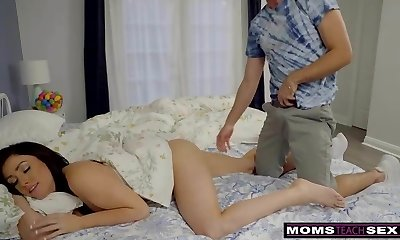 Mom And Stepdaughter Hunt For Easter Bunny Cock And Cum! S7:ENine