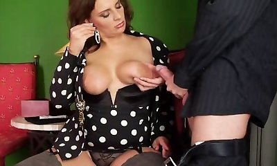 Chesty German Mature-trasgu