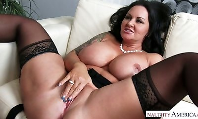 Nasty dark-haired MILF Maci Maguire gets her twat ate and banged