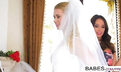 Babes - Step Mommy Lessons - Naked Nuptials