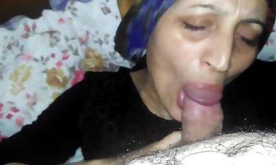 Hijab Mom Blowjob Kopftuchschlampe am blasen