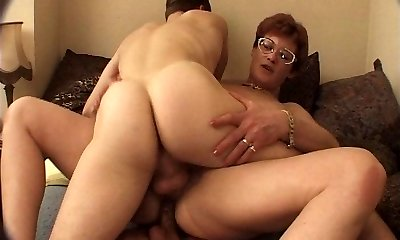 FRENCH MATURE IN GLASSES GET Dped by youthfull studs