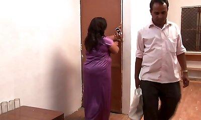 אינדיאני בוגר שמנמן מגעיל פורנו רך