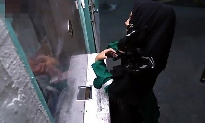 Super-fucking-hot arab mom Desperate Arab Woman Screws For
