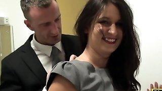Brit all lits Sophie Garcia ratsutamine maledom
