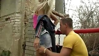 Crossdresser suck off Josje boinking her
