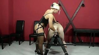 Muscled Mistress Pegging Sub
